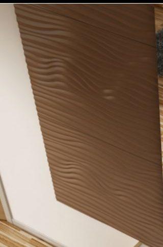 perete hol intrare placat cu panouri decorative 3d din mdf vopsit culoare maro