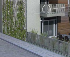 balcon din aluminiu, gard cu decupaje si panou de perete exterior