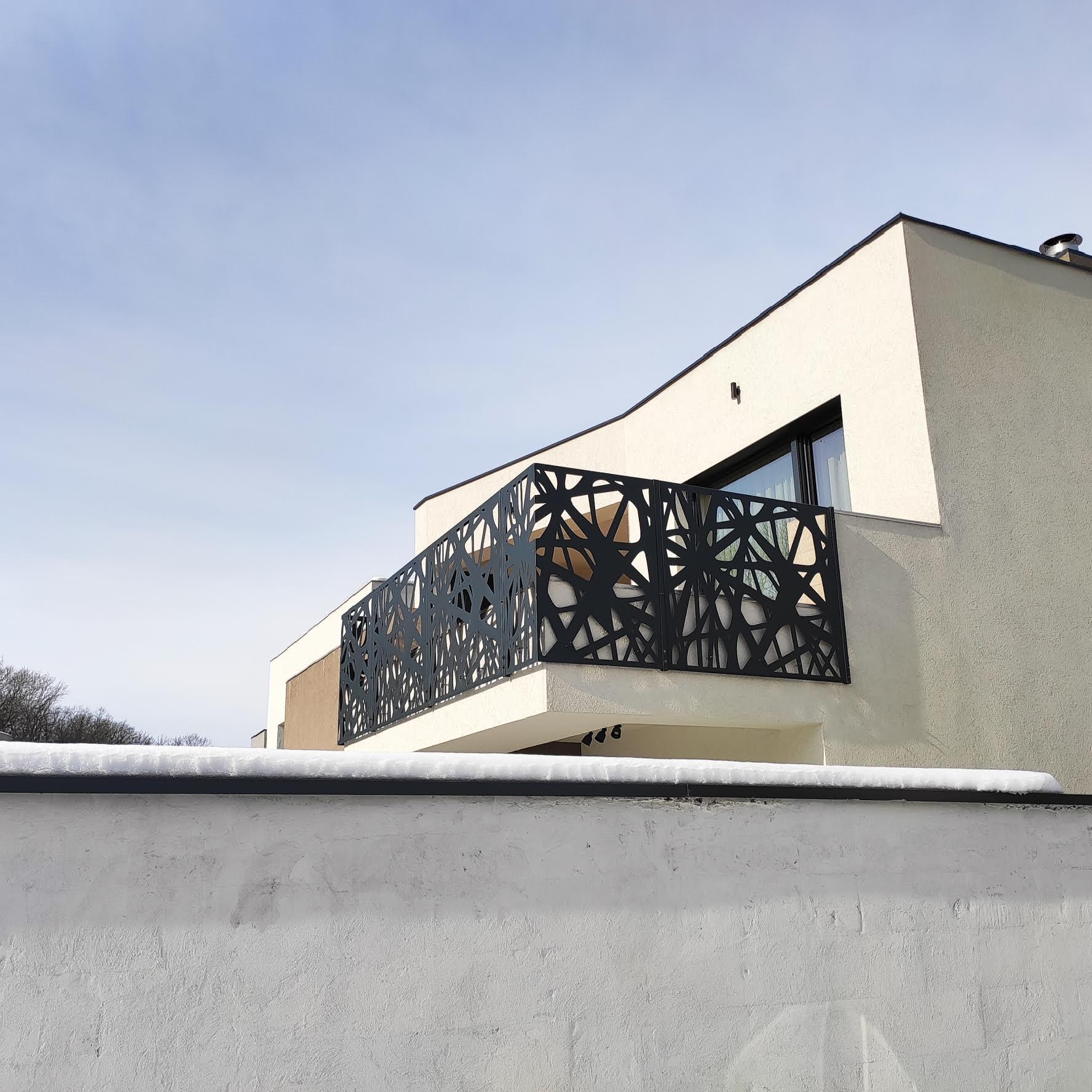 balustrada decorativa fatada ventilata panouri metalice