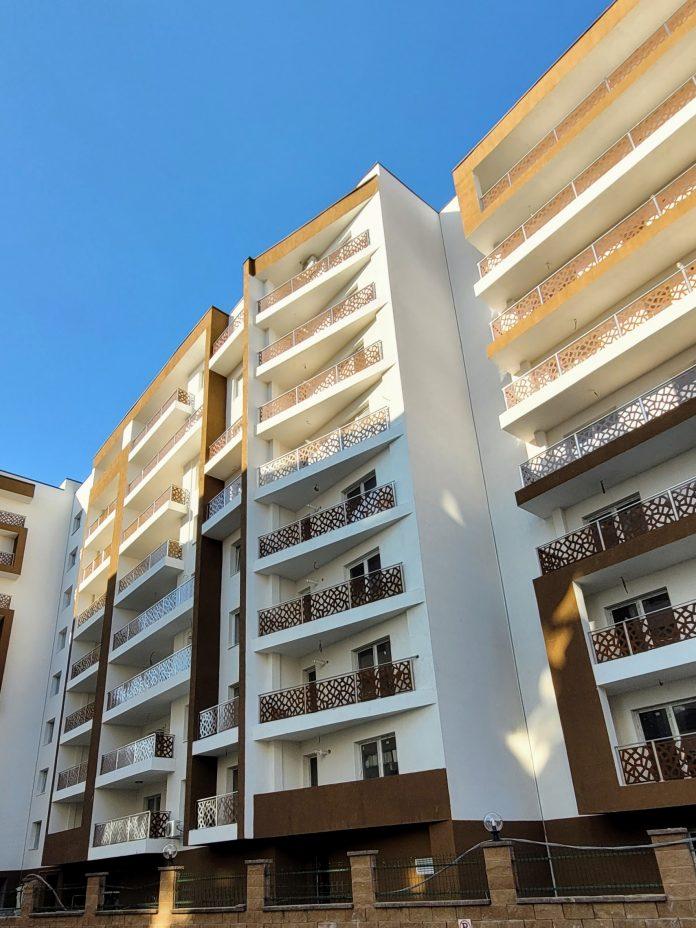 protectii balcoane cu balustrade traforate bloc zona pallady