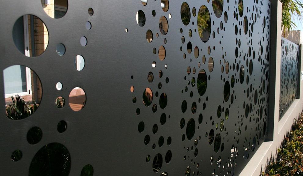 gard metalic paneluri tabla decupata vila brasov