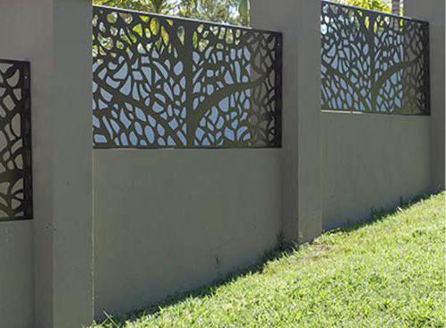 arhitectura gard cu motive decorative