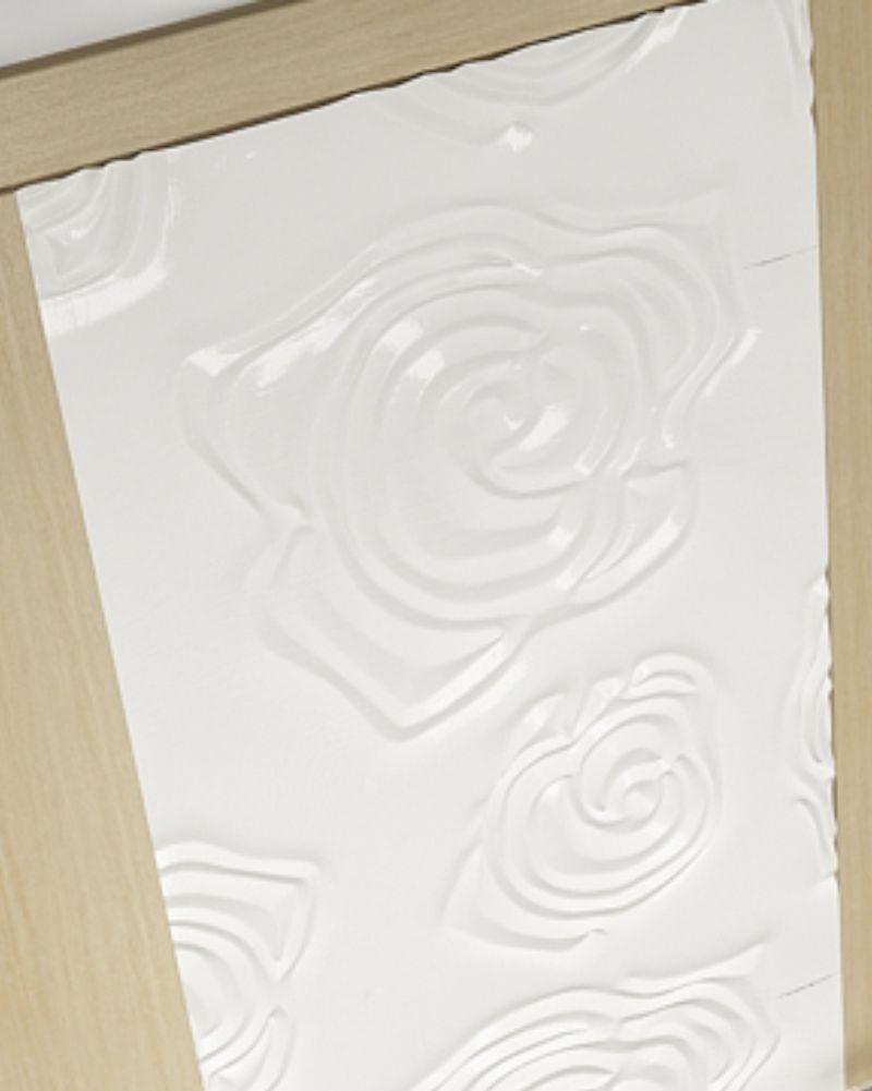 fixare prin lipire a unui panou decorativ 3d mdf pe suprafata unei usi