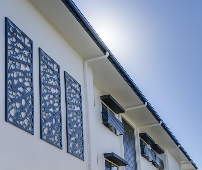 panouri metalice decorative perete