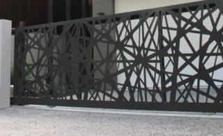 poarta culisanta autoportanta gard model predeal