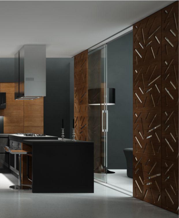 poza de interior cu usa glisanta si birou din mdf vopsite maroniu